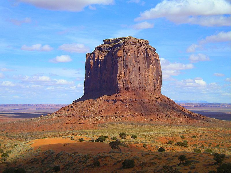 800px-Monument_Valley_Merrick_Butte.jpg