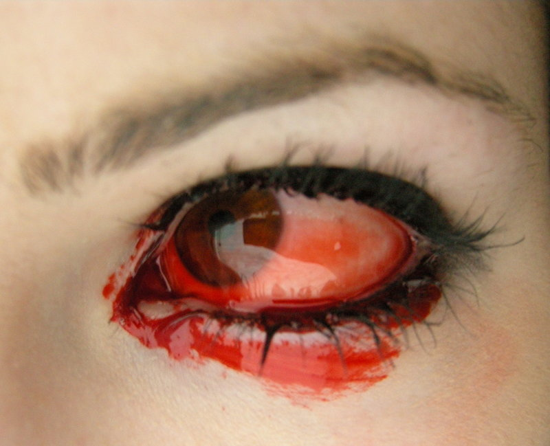 eye_blood_by_beckawalley.jpg