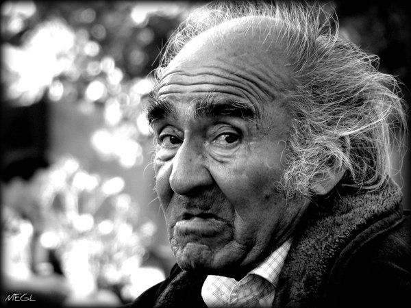 Elderly_man_by_Meglfotos.jpg