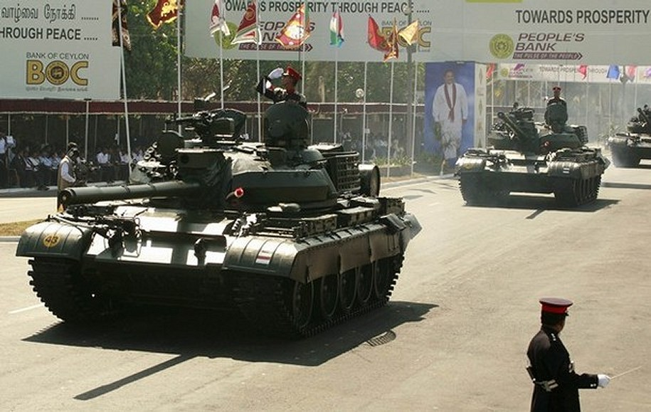 T-55AM2_Sri_Lanka_parade.jpg