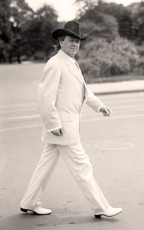 White-Suit-Man-in-002.jpg