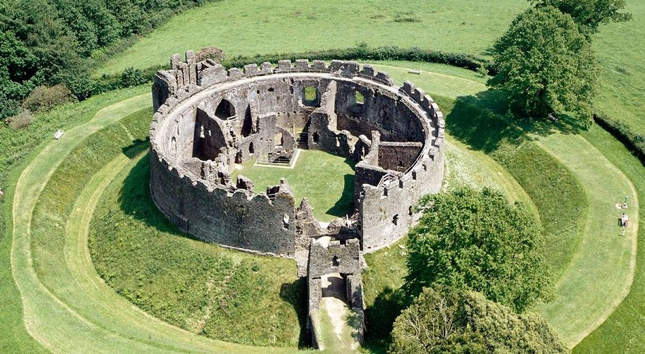 Shell_Keep___Bailey_003__Restormel_Castle_.jpg