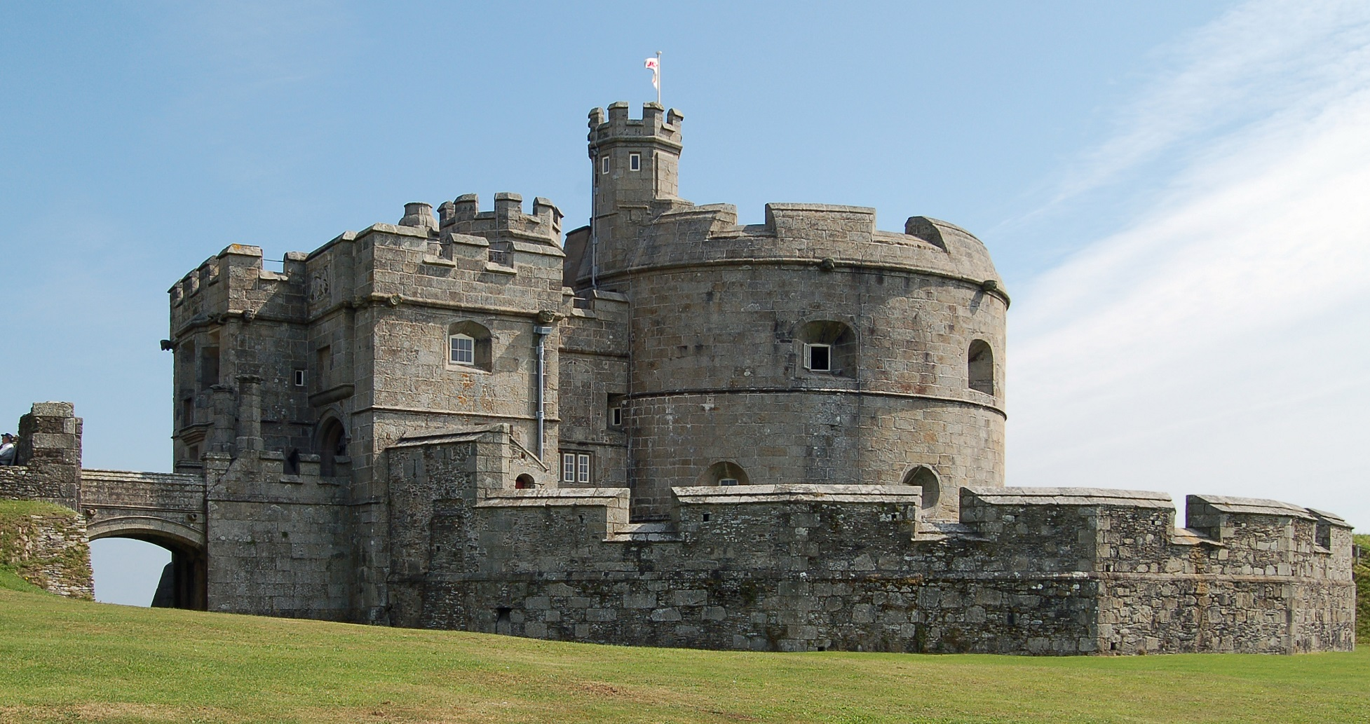 Castle_-_Small_002__Pendennis_Castle_keep_.jpg