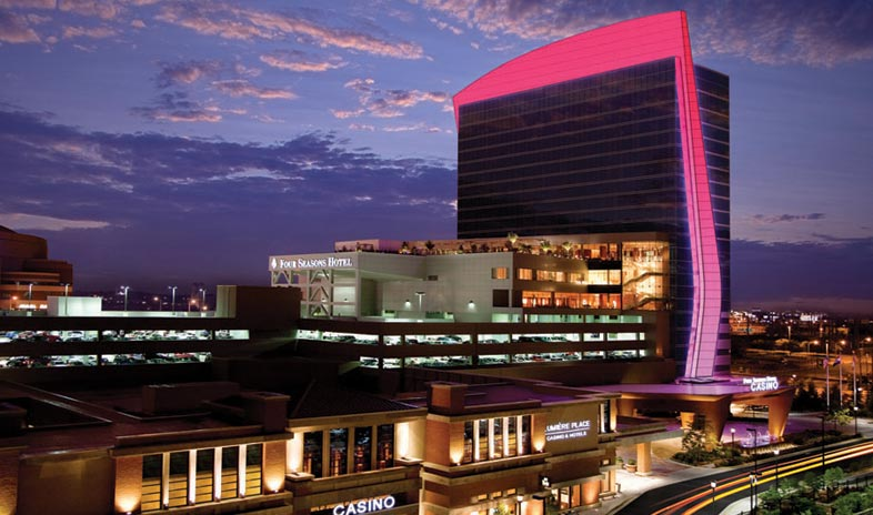 Lumiere_Place_Casino_Exterior.jpg
