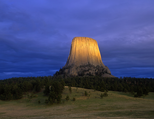 devils-tower-national-monument-wyoming-wy280.jpg