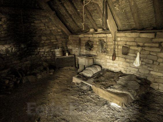 Rat_s_Cottage_Interior.jpg