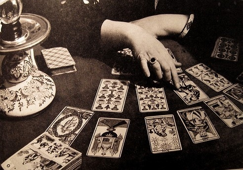 cards-fortune-teller-future-hands-old-favim-com-117504.jpg