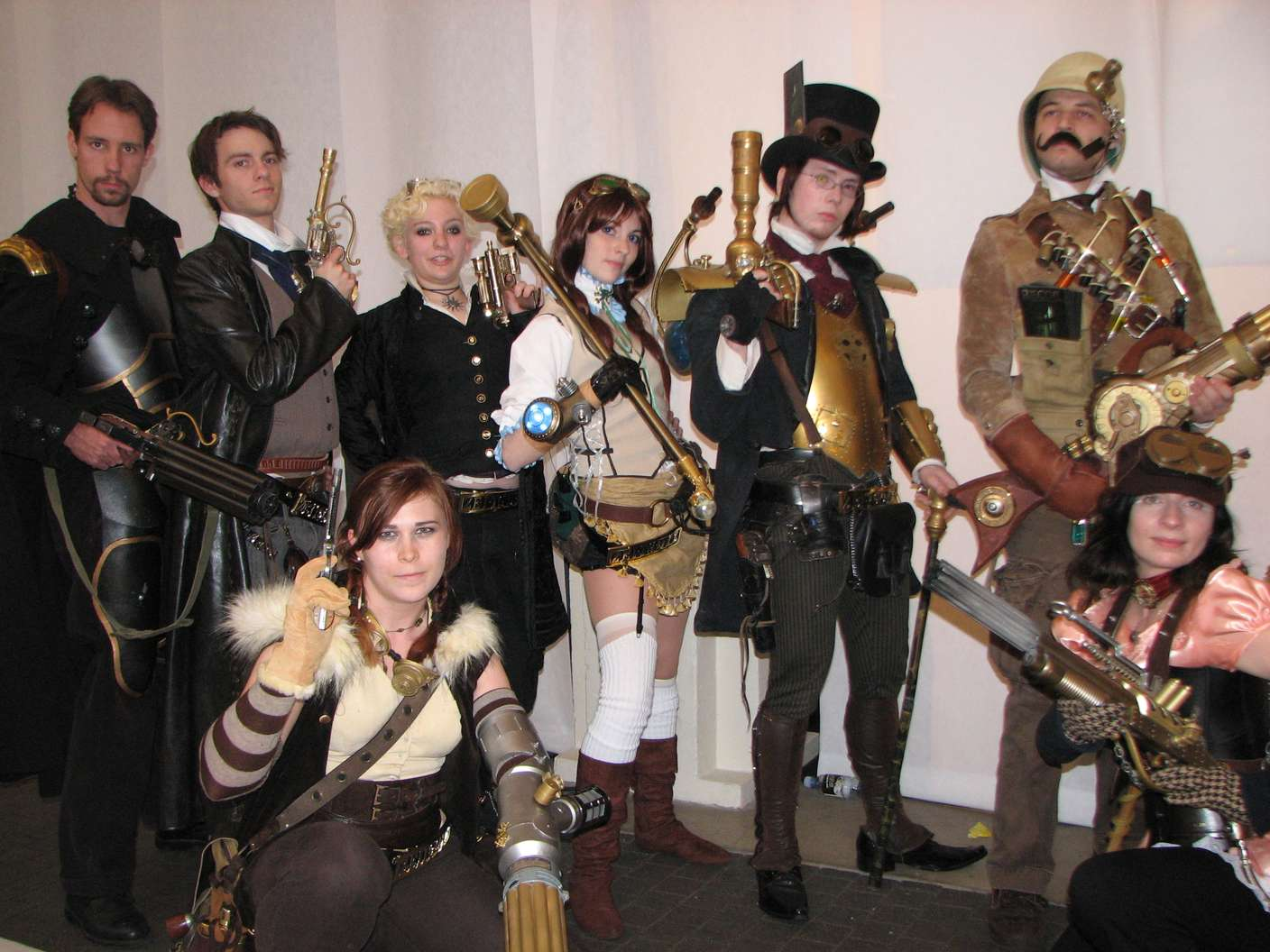 Group-of-Steampunk-People5.jpg