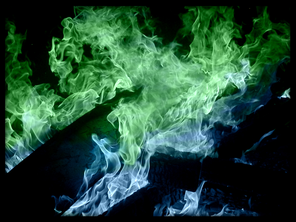 Blue_Green_Flames_by_evilblackdragon12.jpg