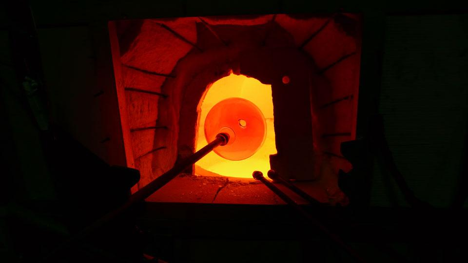 big_374773_5498_Lasvit-Czech---glass-furnace2.jpg