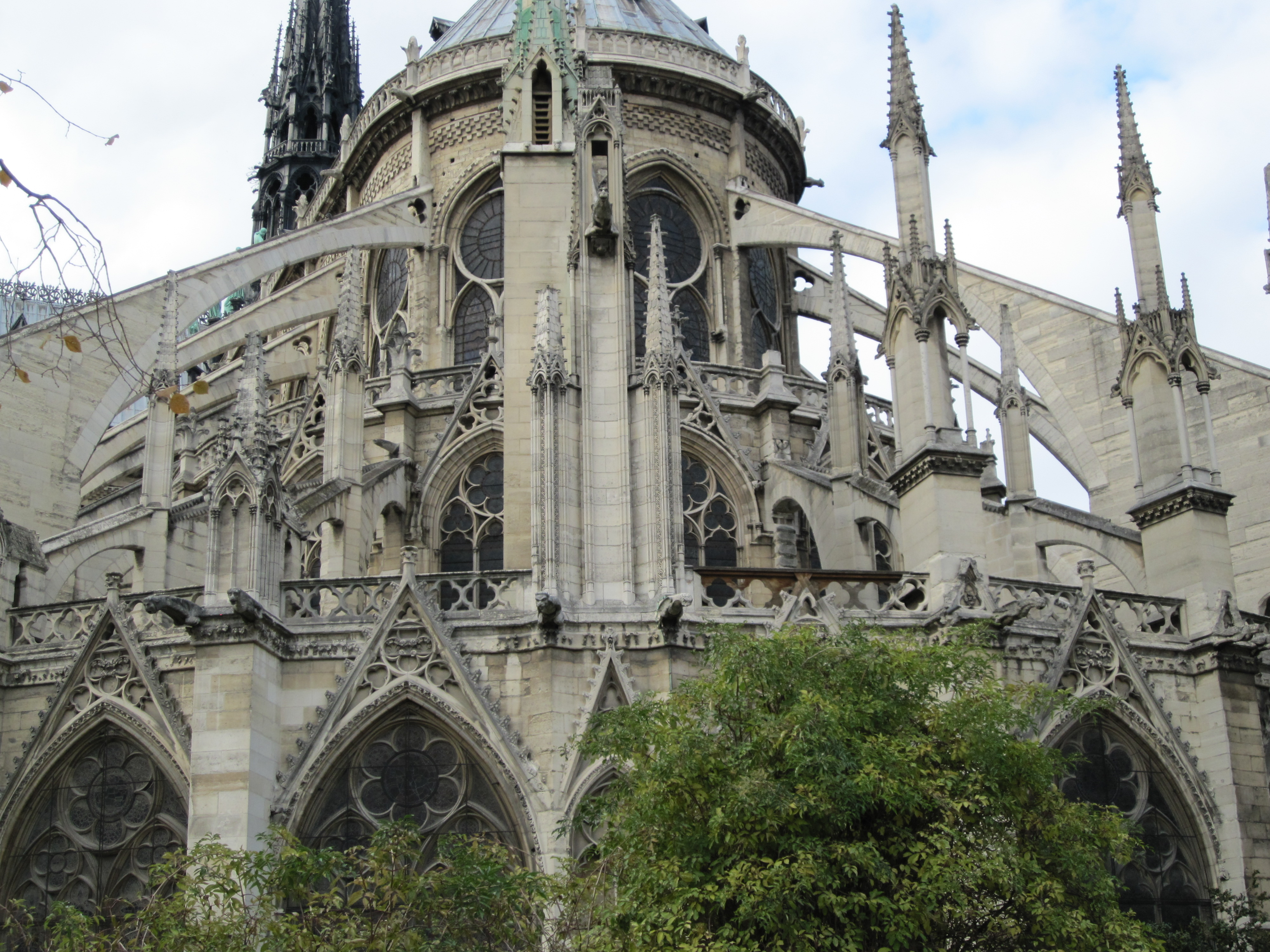 flying-buttresses-at-n-d.jpg