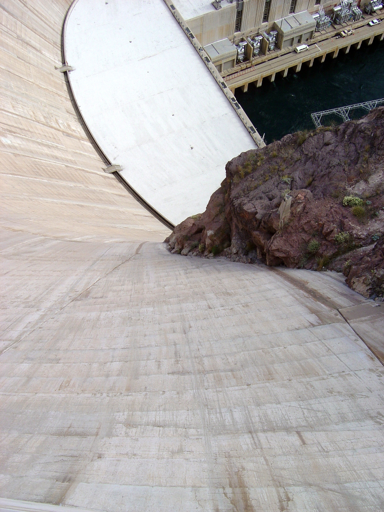 hoover-dam-view-down.jpg