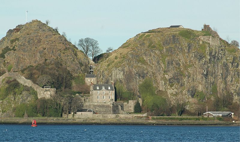 800px-Scotland_Dumbarton_Castle_bordercropped.jpg