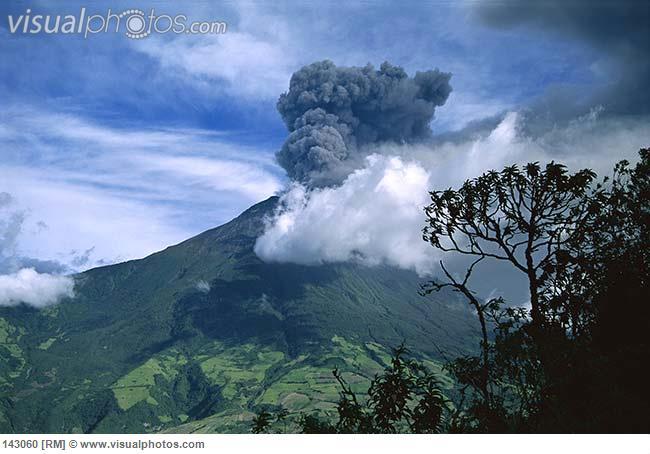 tungurahua_volcano_erupting_near_banos_andes_mountains_ecuador_143060.jpg