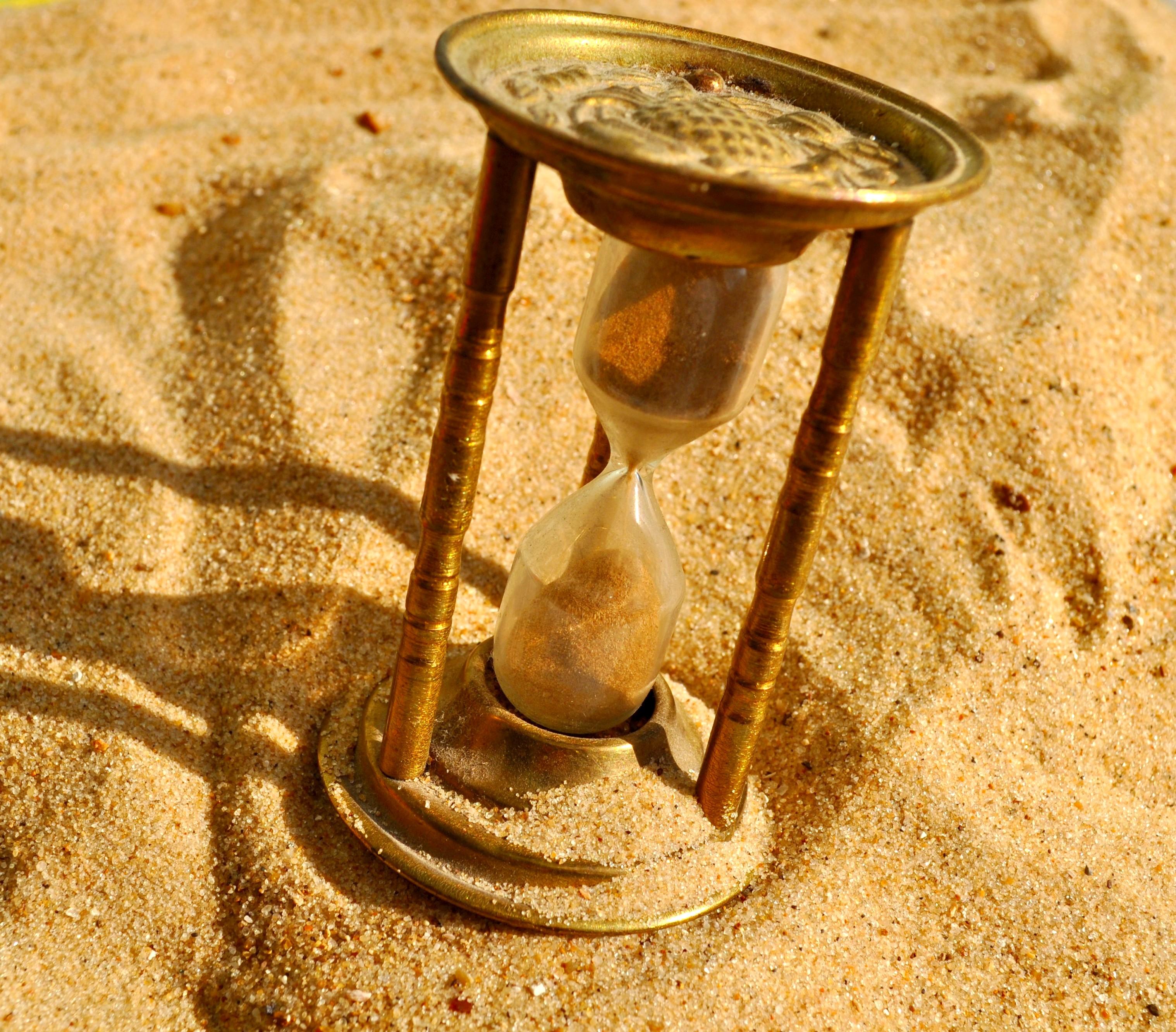 сложная картинки утекает песок тяжёлый время очень