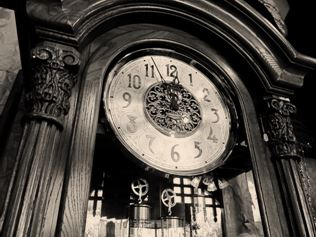 Grandfather_Clock.JPG
