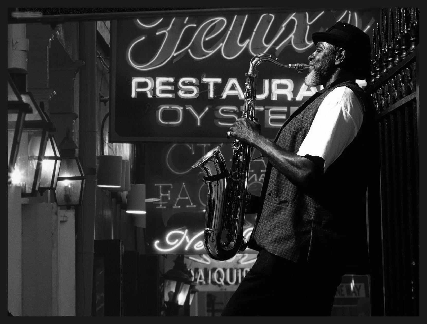 Bourbon_Street_New_Orleans_Louisiana.jpg