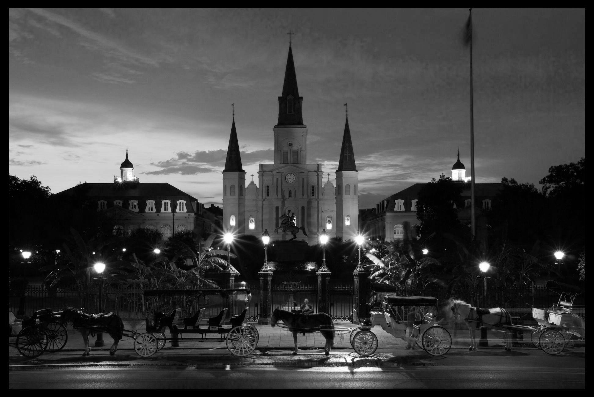 Night-falls-on-Jackson-Square.jpg