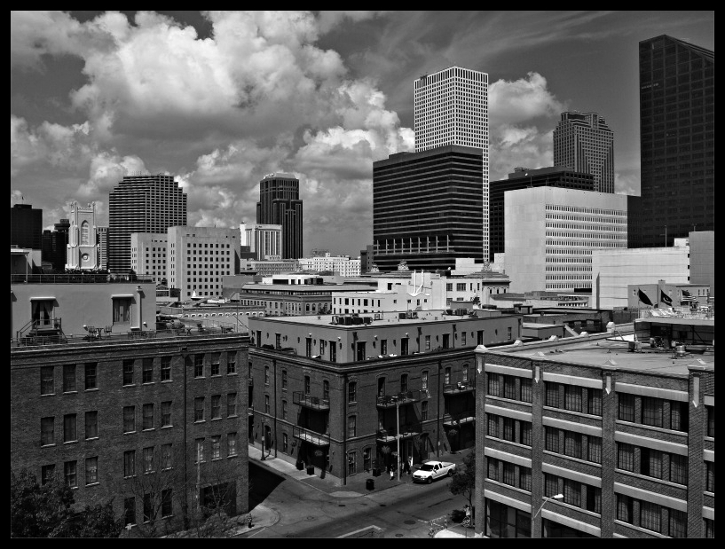 Warehouse-District-in-New-Orleans.jpg