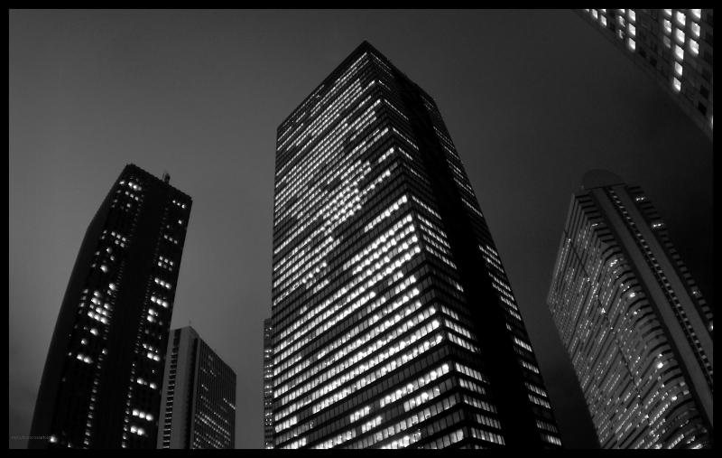 Cities_Skyscrapers_in_night_037123_.jpg