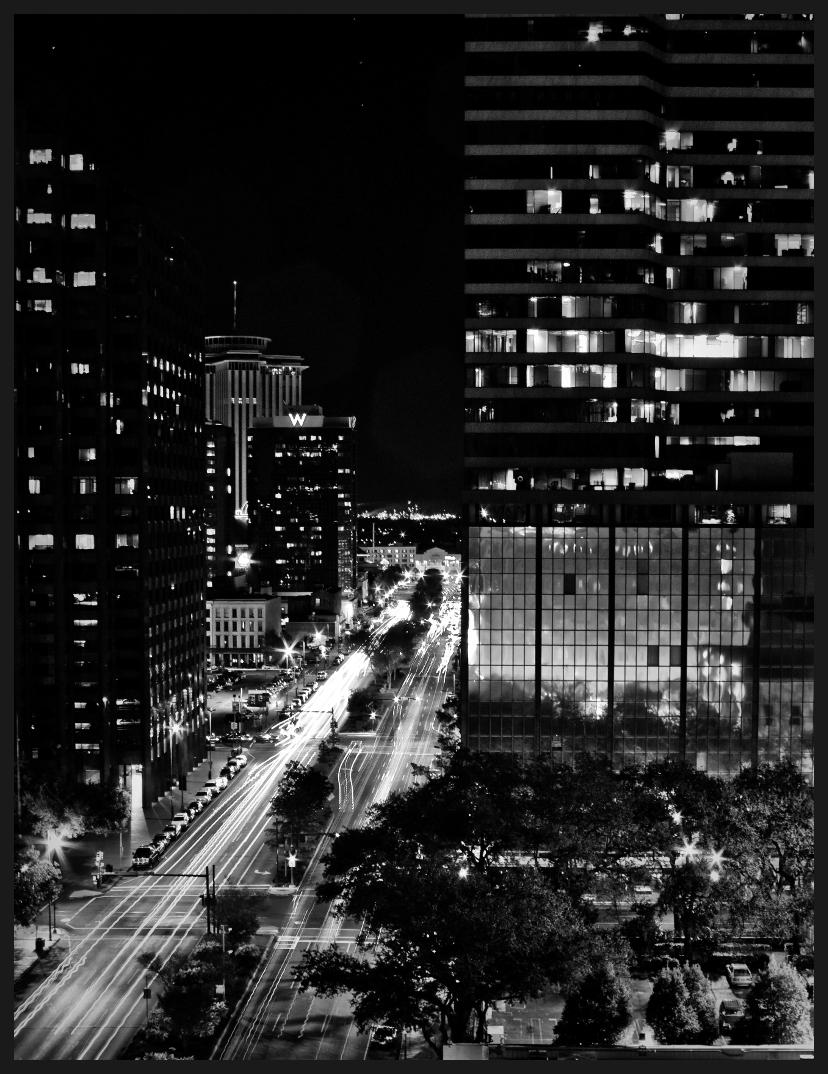 Poydras_Street_at_Night_New_Orleans1.jpg