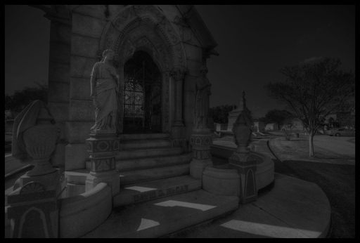 metairie-cemetery-ghosts.jpg