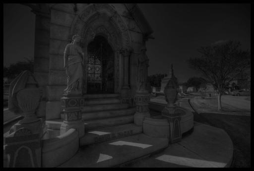 metairie-cemetery-ghosts.jpg