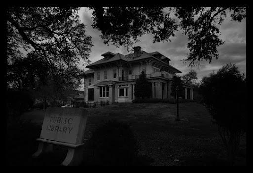 Milton_Latter_Memorial_Library.JPG