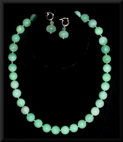 Chrysoprase_Necklace.jpg