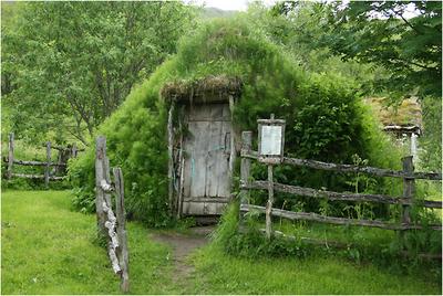 stone-shaped-hut.png