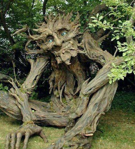 f3c2392a75f0012e8aa57474a48c7c1e--tree-sculpture-outdoor-sculpture.jpg