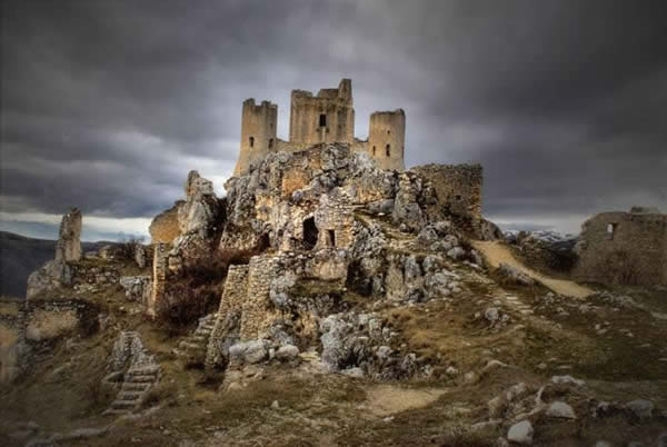 Citadel_Ruins.jpg