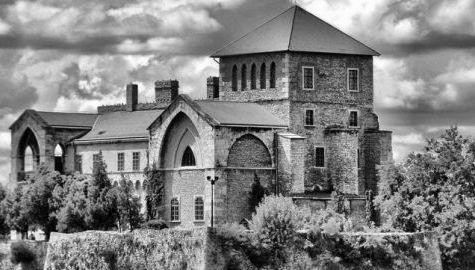 Esztergrad_Castle.jpg
