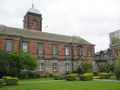 Dundee_Universitye.jpg