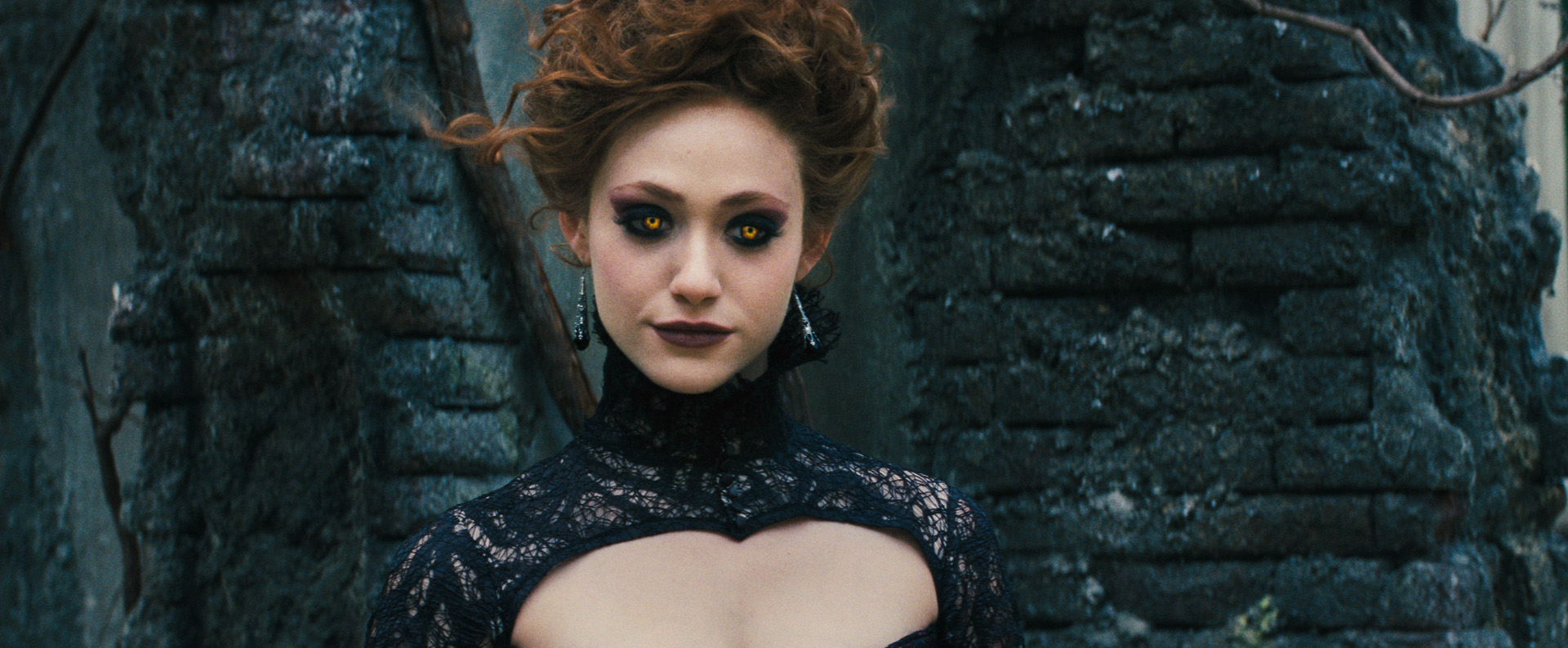 Emmy-rossum-as-dark-castor-ridley-duchannes-in-beautiful-creatures.jpg
