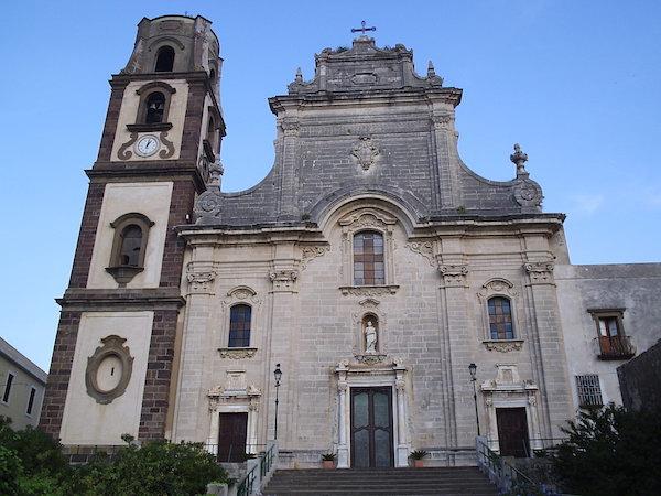Lipari_Cathedral.jpg