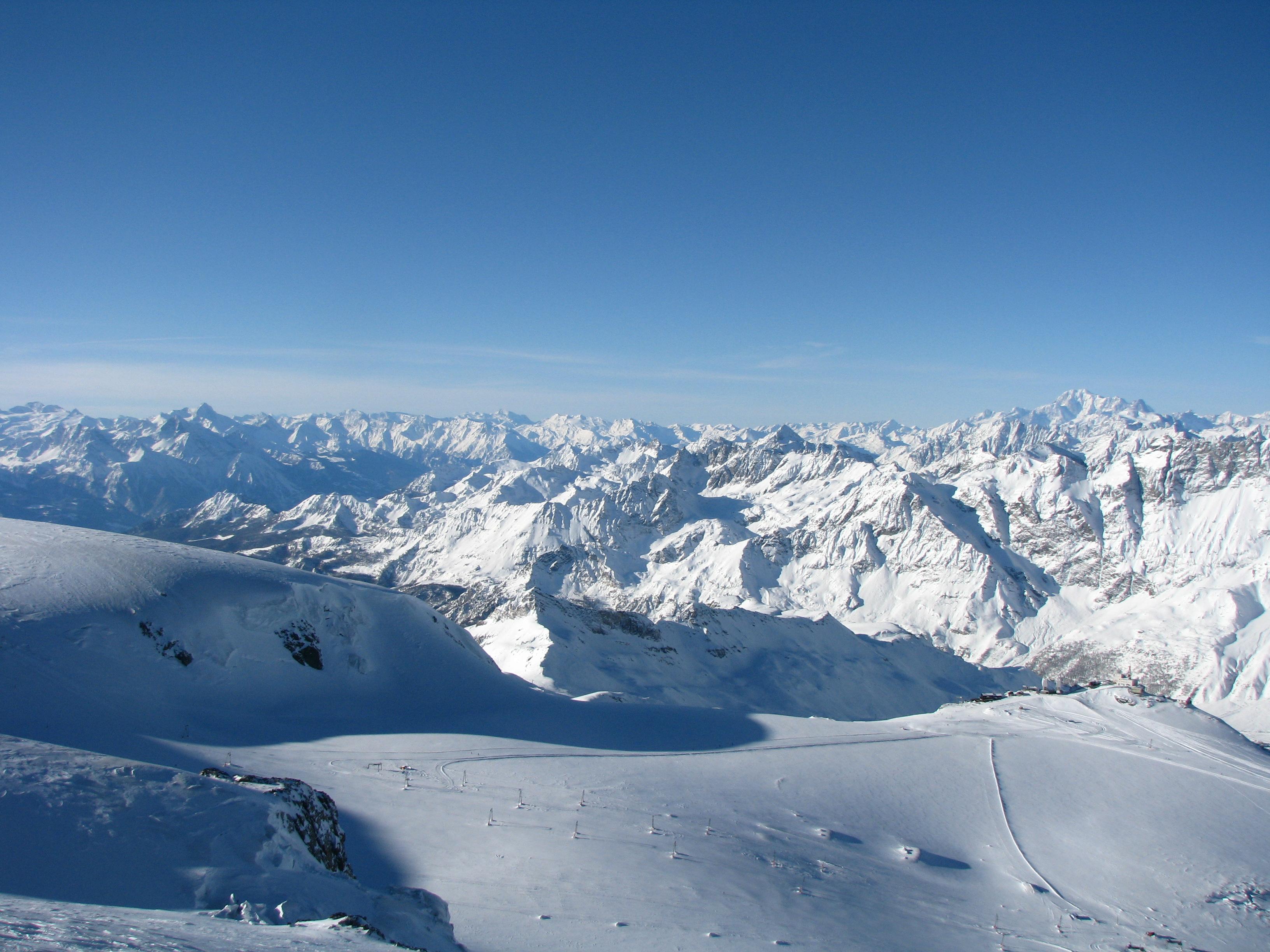 Swiss_Alps.jpg