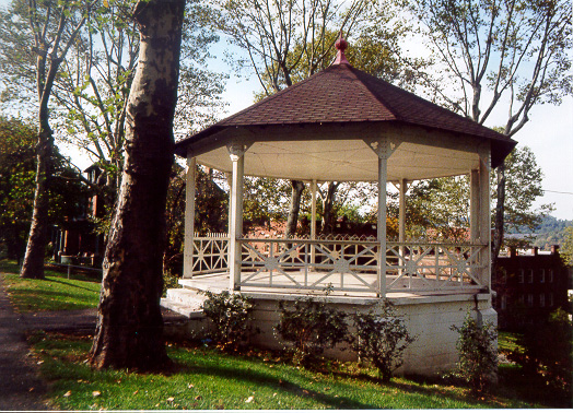 Homestead-KennedyParkGazebo.JPG