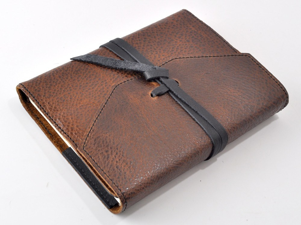 journals-dante-refillable-leather-journal-9.jpg