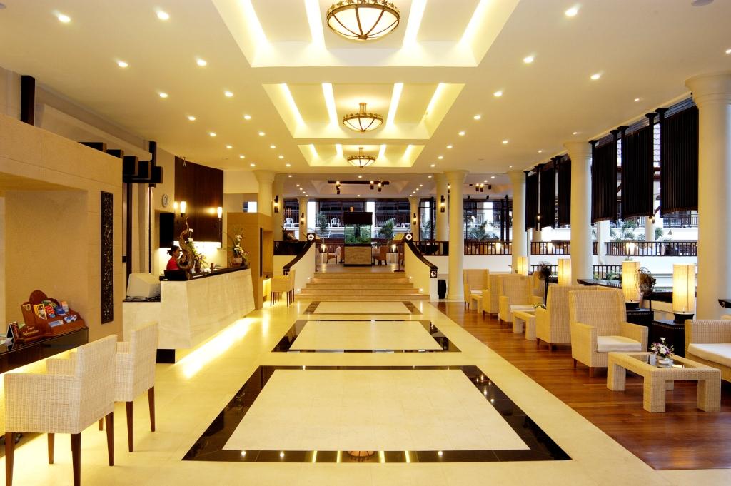 Hotel_Lobby_1dedc8b504b130a016d1cb1dd93fc8a2_Comp.jpg