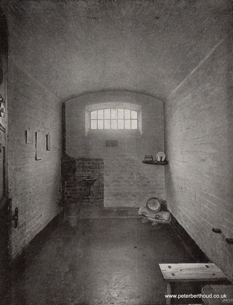 Newgate-Inside-02.jpg