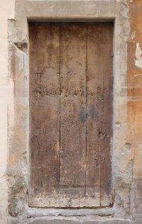 old_ruined_wood_door_2_20131002_1160122043.jpg