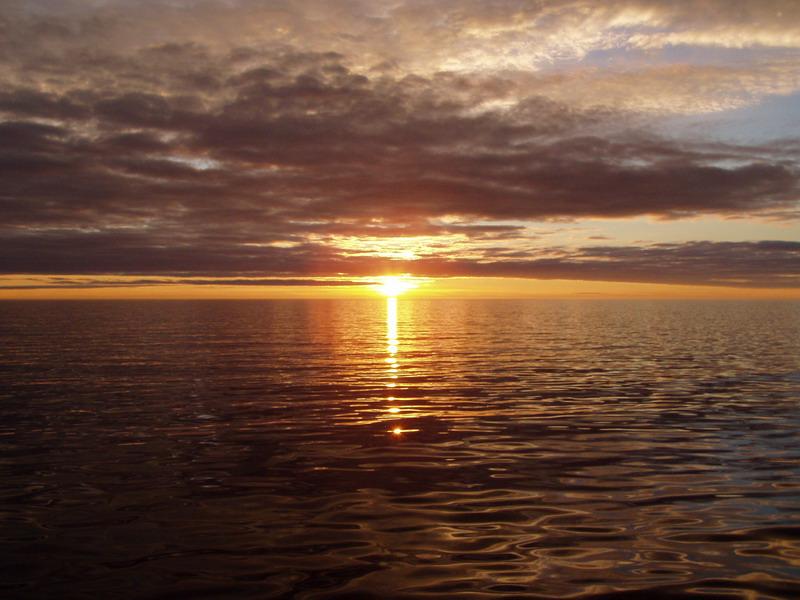 Midnight sun photo m dennett