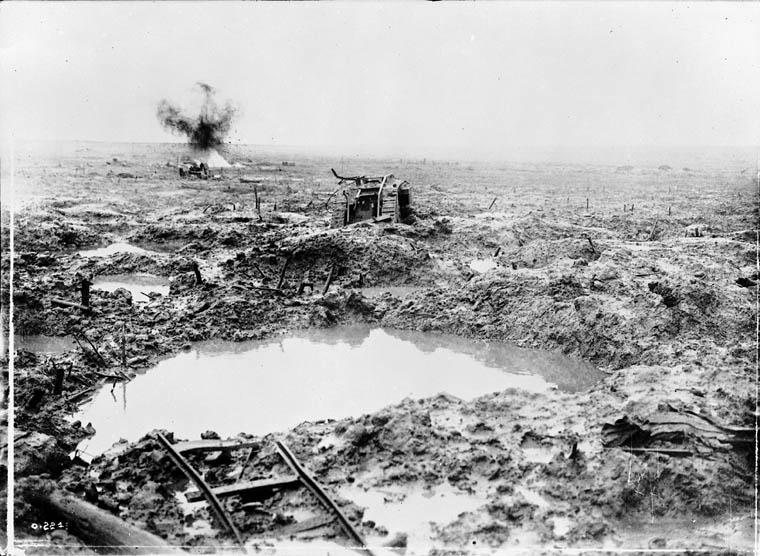 Derelict_tank_stuck_in_the_mud.jpg