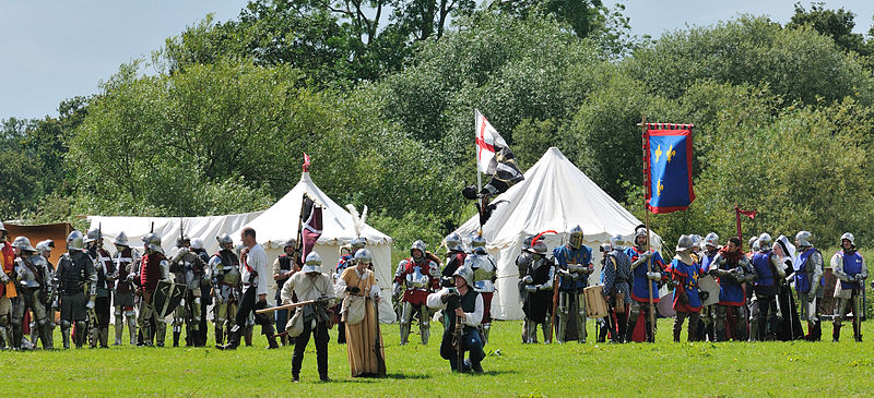 800px-Tewkesbury_Medieval_Festival_2009_-_Assembly.jpg