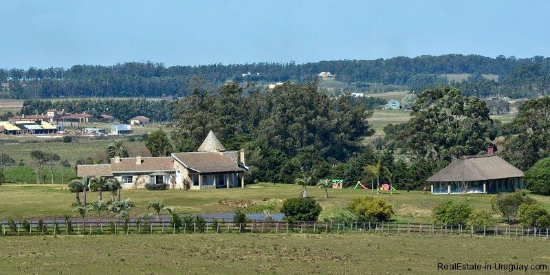 San_Isabel_Horse_Farm.jpg