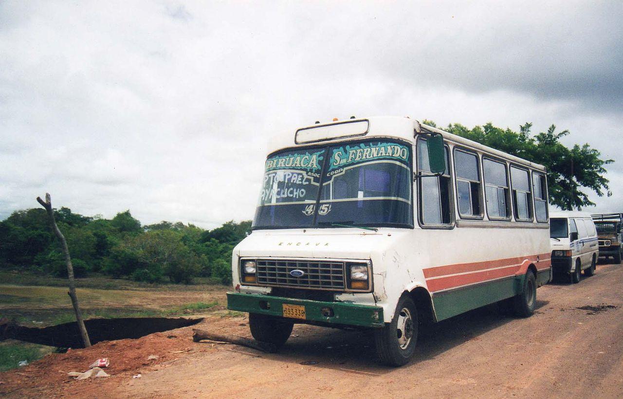 1280px-Llanosbus.jpg