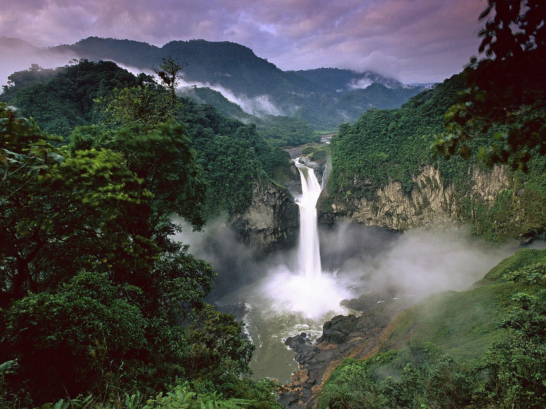 COrazon_Waterfall_ENtrance.jpg