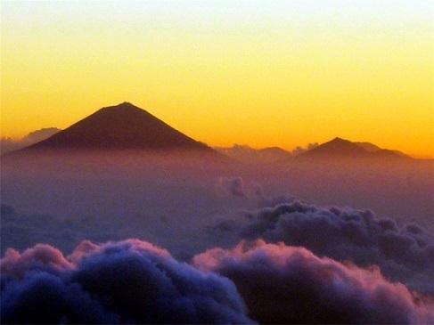 Corazon_Mountain.jpg