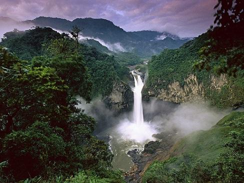 Castle_Waterfall.jpg